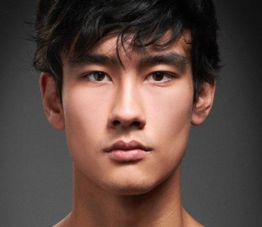 ALEX L un mannequin asiatique qui nous fait baver !